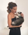 Kate Beckinsale on Instagram Having a low momentGet someone indescribably beautiful and sweet smelling to lick your chin @people