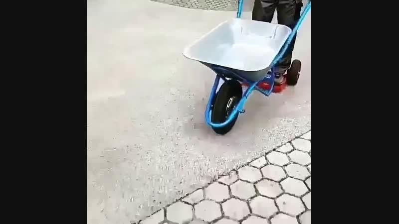 На гироскутере можно не только кататься, но и использовать в хозяйстве❗