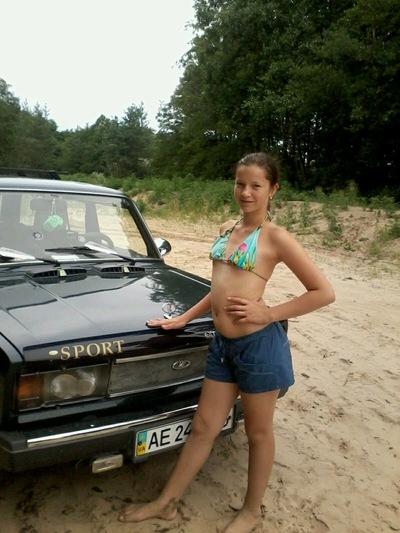 Анюта Соболева, 3 июня 1999, Жодино, id213488081