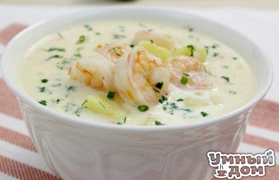 Сырный суп с креветками Нежный сливочный сырный суп с креветками. Минимум ингредиентов — максимум наслаждения! Ингредиенты зелень (петрушка/зеленый лук/укроп) по вкусу картофель 3 шт. креветки 400 г куриный бульон 6 стаканов лук 1 шт. морковь 1 шт. плавленный сырок (ла ваш ки ри или президент) 500 г Итак, вам понадобится плавленный сырок. Я взяла две упаковки сырков клиньями. Нарежьте мелко картофель, лук, натрите морковь на крупную терку. Закипятите куриный бульон и добавьте сырок.…