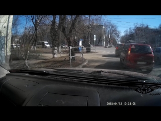 Russian Man vs Violators of Traffic Rules. Is he doing the right thing or not__Full-HD.mp4