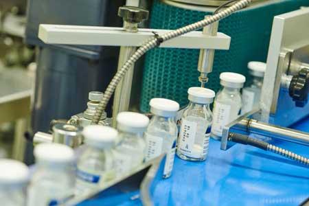 Антибиотики — вещества природного или полусинтетического происхождения, подавляющие рост живых клеток, чаще всего прокариотических.