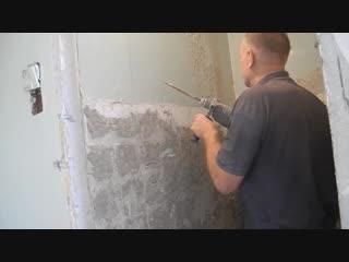 Простой способ,как сбить краску со стен.
