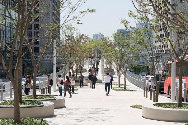 Линейный парк на месте эстакады, Сеул, Южная Корея.   А как дела с деа