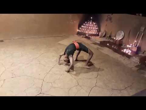 Калари-пайатт - индийская боевая йога. Такого шпагата вы еще не видели!