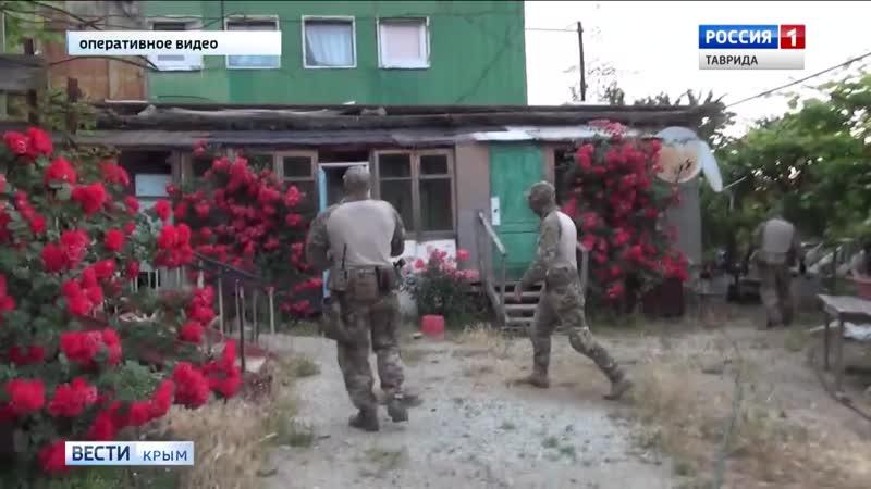 В Крыму выявили подпольную сеть экстремистской организации Хизб ут-Тахрир аль-Ислами.