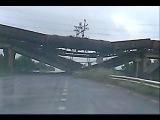 На въезд в Донецк обрушен Ж/Д мост вместе с товарным поездом / Donetsk