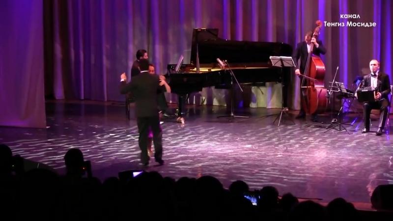 Tango.Sabrina and Ruben Veliz with Solo Tango orchestra