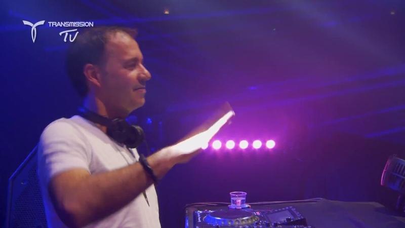 Liquid Soul plays 'Paul Oakenfold - Full Moon Party (Liquid Soul Zyce Remix)' [4K]