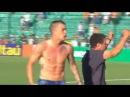 D'Alessandro invade campo e comemora vaga direta na Libertadores