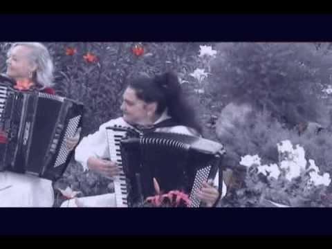 Accordion duet Nina Lena Balkan Dance Нина Слюсарь аккордеон