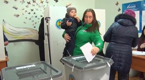 Предварительные результаты выборов в парламент Молдавии социалисты лидируют