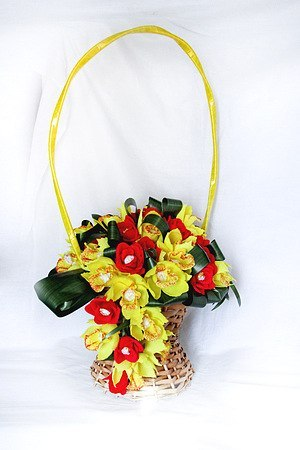 МК: Орхидея с конфетой (9 фото) - картинка