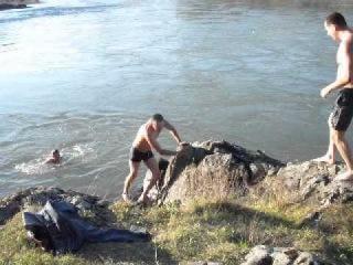 экстримальное купание в Катуни