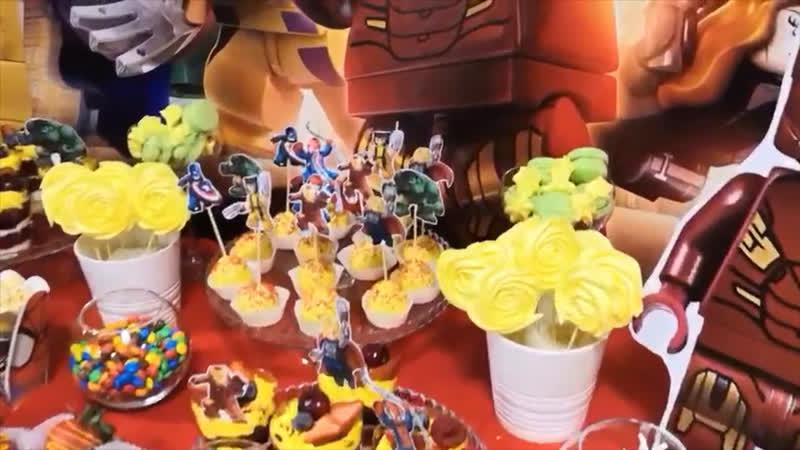 Кэнди бар в стиле LEGO