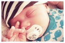 Здравствуйте, мамочки! Моему малышу 2 недели. Спит только в памперсе. Без них спит беспокойно…