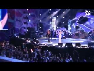 Валерия и Гузель Хасанова  - Чёрно белый цвет (ЖАРА В БАКУ Live, 2018).mp4