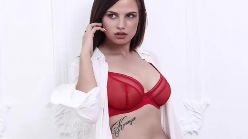 Bloom_bra_saratov_video_1537209801410.mp4