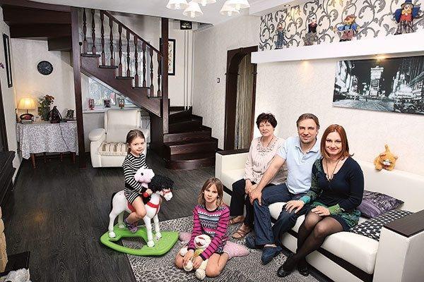 Карина Мишулина рассказала кто стоит за травлей ее семьи