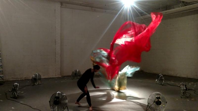 Air Fountain rehearsal | Anna Bocknek
