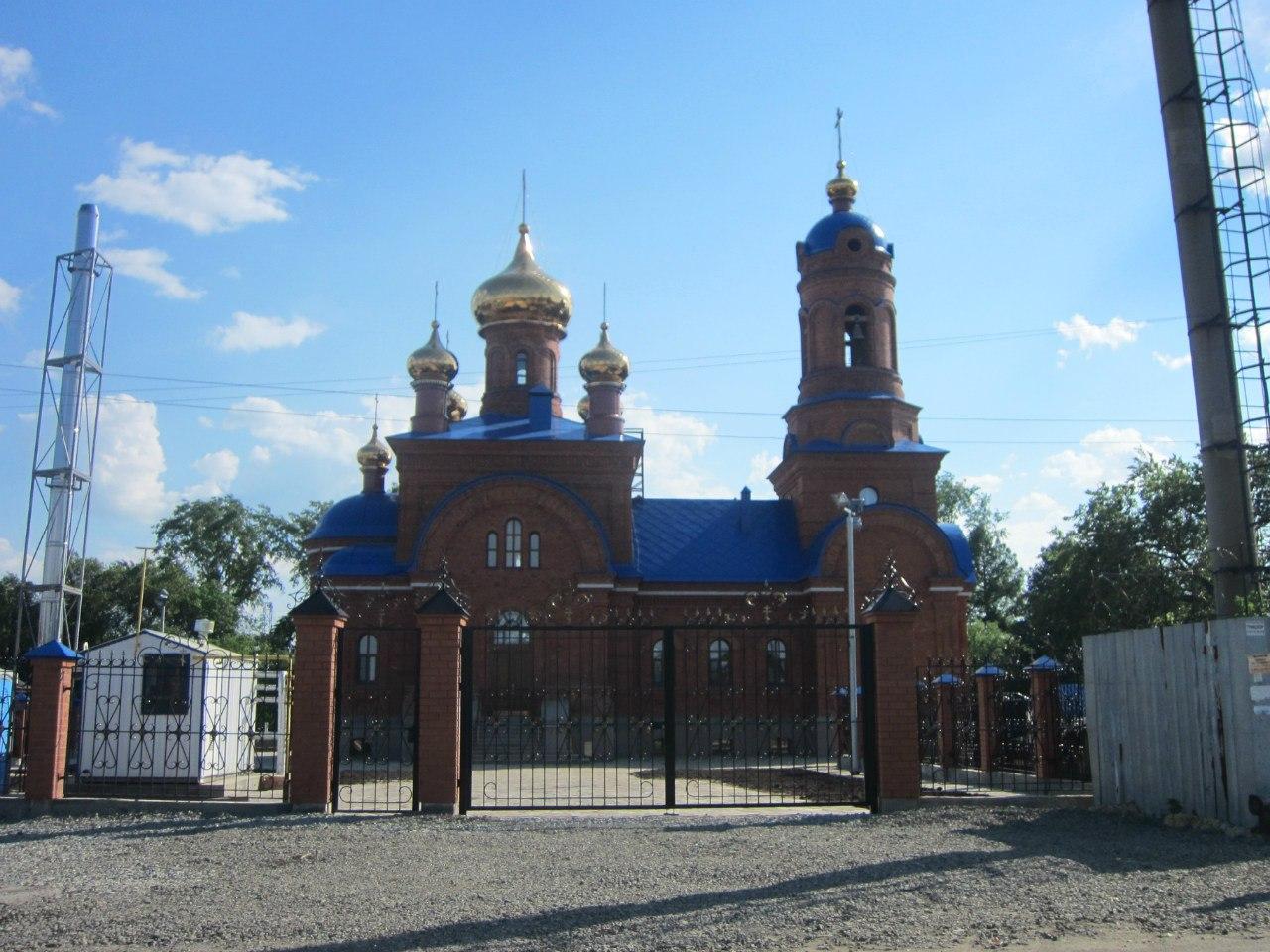Вид с противоположной стороны улицы Почтовой (03.07.2014)