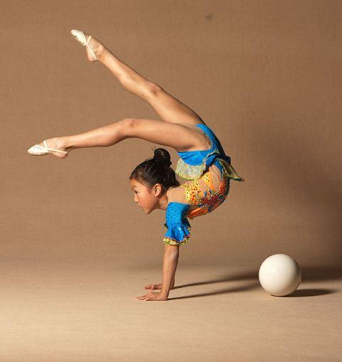 Нужны ли девочкам занятия художественной гимнастикой