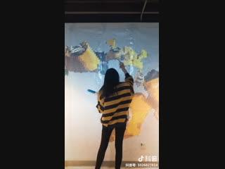 Bubble wrap Bumblebee art