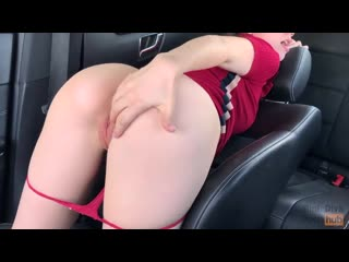 Mini.diva.he.fucked.me.hard.during.the.trip.right.inthe.car