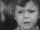 Валя Карманов читает стихотворение Роберта Рождественского На Земле безжалостно маленькой