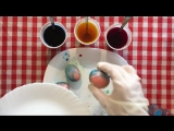 Как красиво и оригинально покрасить яйца на пасху с помощью салфетки.