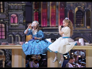 Жюри в восторге от этого дуэта! Злата Ефимова и Полина Руденко/ Синяя птица-Последний богатырь
