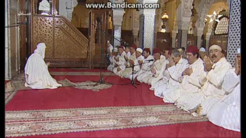 Конец пятничной молитвы на канале Al Aoula (Марокко). 24.11.2017
