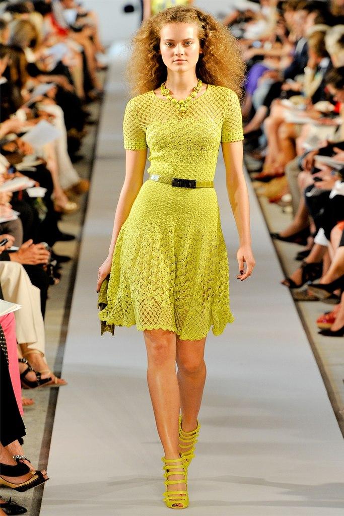 фото вязаные крючком платья