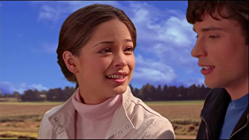 Smallville 1x15 Clark takes Lana to the top of the windmill
