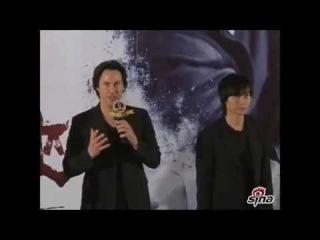 2013 Keanu Reeves meets his fans at Wanda Cinema, Beijing, Shijingshan District
