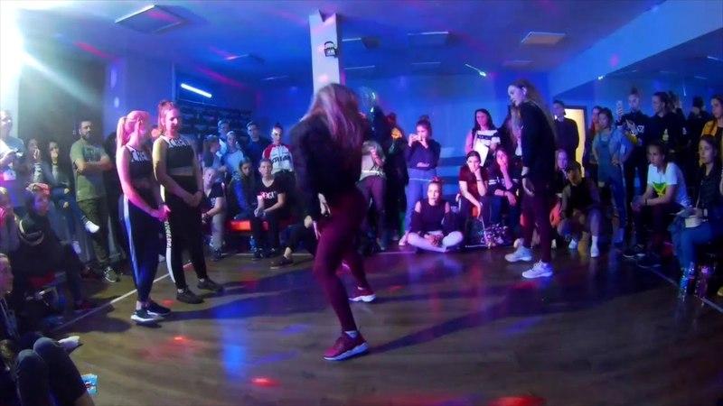 BOMBOCLAAT PARTY DANCEHALL 2*2 14 VITALINA POLINA VS SHKIPERI