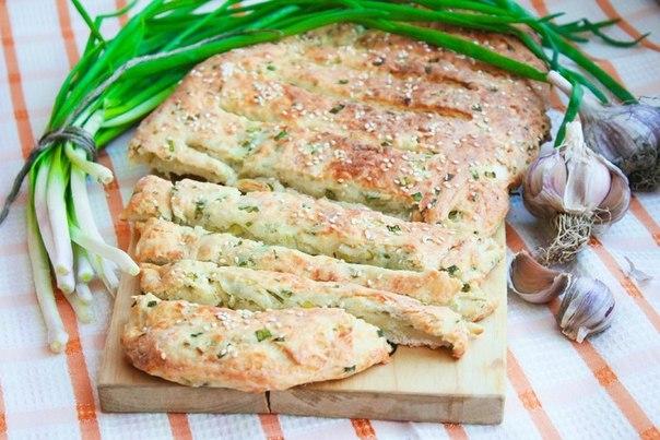 Луково – сырный хлеб.