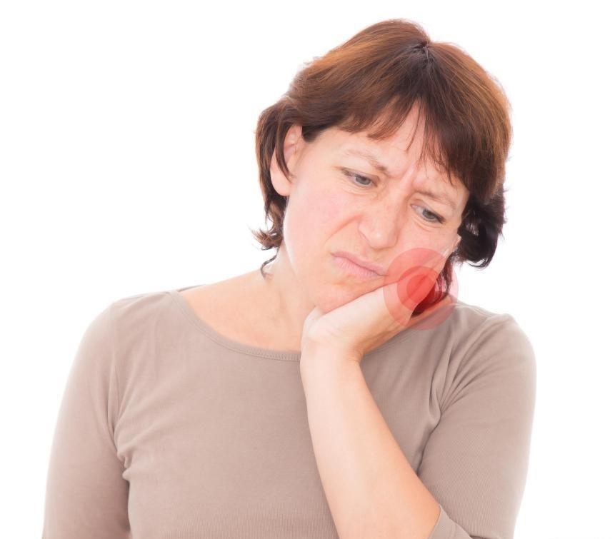 Большинство зубных полостей обнаруживается, когда у человека развивается зубная боль.