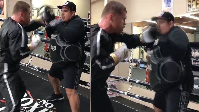 CANELO LOOKING LIKE A 168LBS MEXICAN BEAST ON THE MITTS FIRES OFF RAPID FIRE COMBOS IN TRAINING