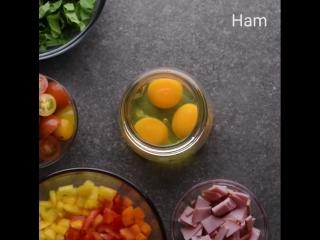 When breakfast breaks...fast 😜 On-the-go breakfast recipes 🍳🥓🌞