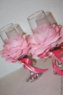Свадебные бокалы с лепестками роз своими руками