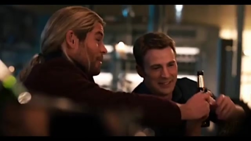 – i think we all know which avenger steve is really crushing on | steve thor vine