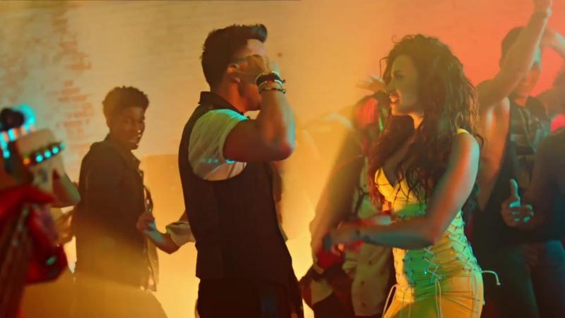 Luis Fonsi Feat. Demi Lovato - Échame La Culpa (Videoclip Oficial)