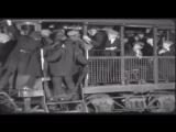 Esperando o trem (Dia da Pagamento) Charlie Chaplin - 1922