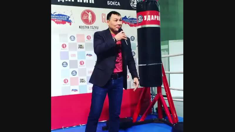 Небольшой поэтический батл Руслана Проводникова