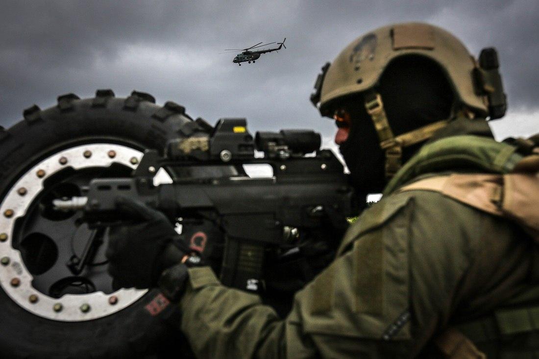 Armée lituanienne/Lithuanian Armed Forces - Page 3 GrqrDAqHo2k