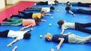 Прекрасное упражнение для укрепления спины на скорость и реакцию Парашютист