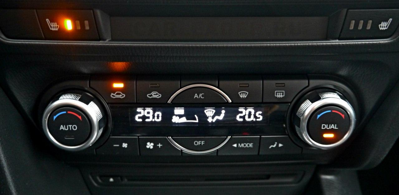 Климат-контроль Mazda3 2014