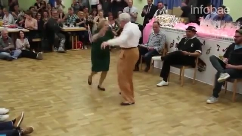Бабушка с дедушкой из Германии танцуют буги-вуги » Freewka.com - Смотреть онлайн в хорощем качестве
