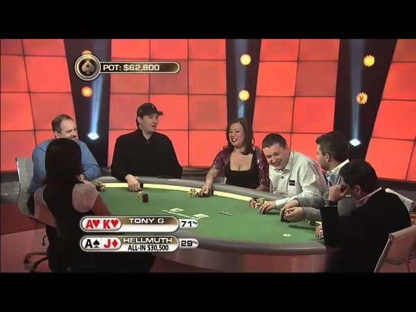 Is it bad poker etiquette? 😂🤔